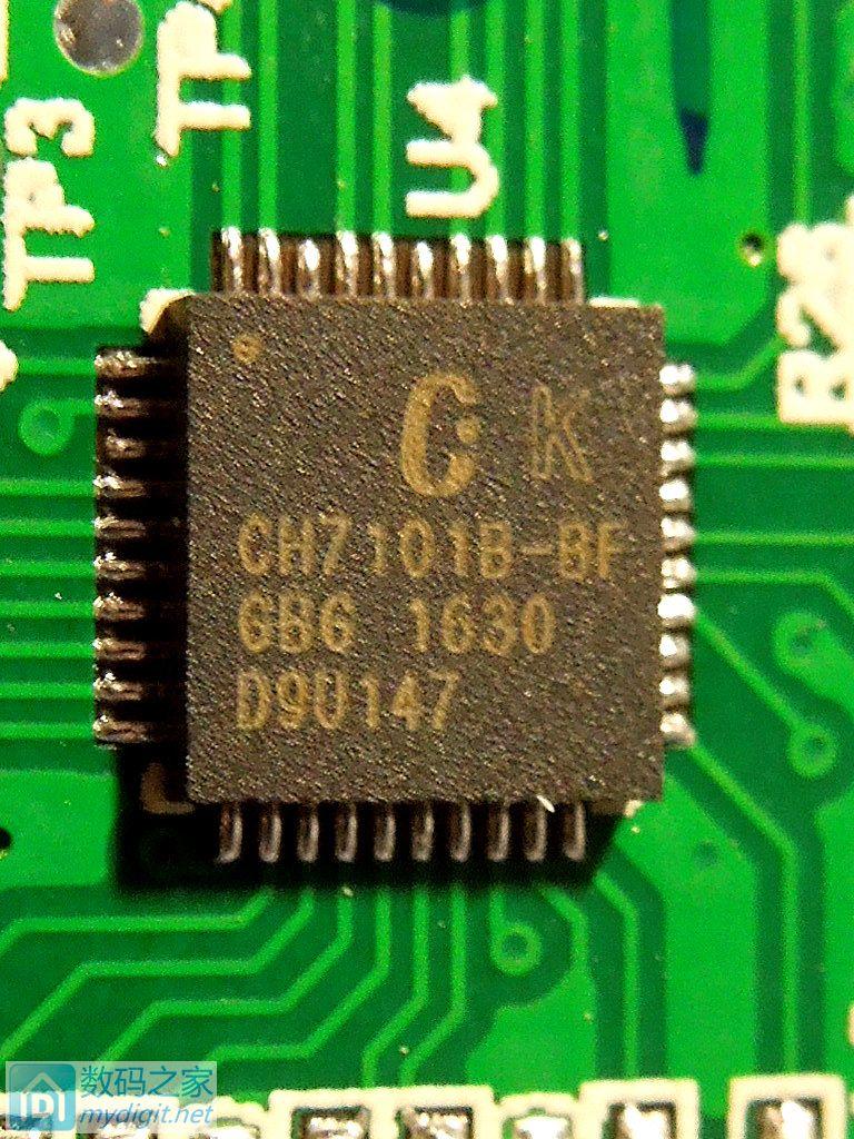 电压转换TD6810,一个1.2V,一个3.3V  线缆焊接不错,还有塑料卡将线卡到位  背面  版号,应该是14年5月22设计的,16年42周生产  OK,拆解完了,装上愉快的接投影仪了! 来源:数码之家 http://bbs.mydigit.cn/read.php?tid=2025829 作者:蓝塞