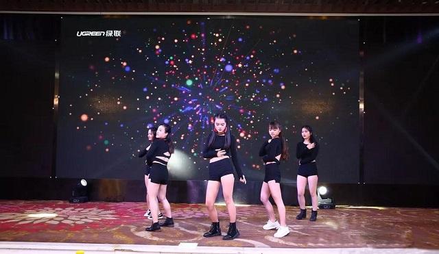 绿联2018年会盛典舞蹈Banana Song