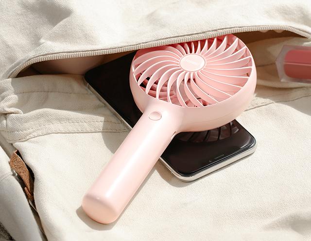 五一假期不再热,绿联迷你手持小风扇带你清凉一夏